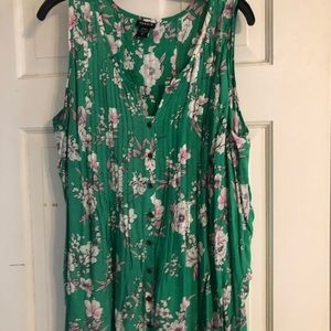 Torrid Green Floral Sleeveless Top Size 2